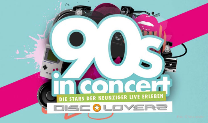 90s in CONCERT HERMES HOUSE BAND-MOLA ADEBISI-DISCOLOVERZ-CAPTAIN JACK